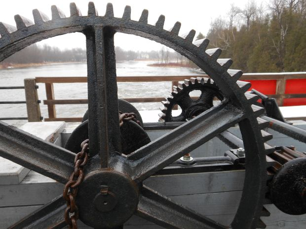 Mechanism on dam, early Winter 2014